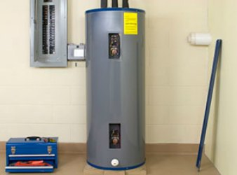 Palo Alto plumbers help homeowners maintain their plumbing with water heater maintenance tips.